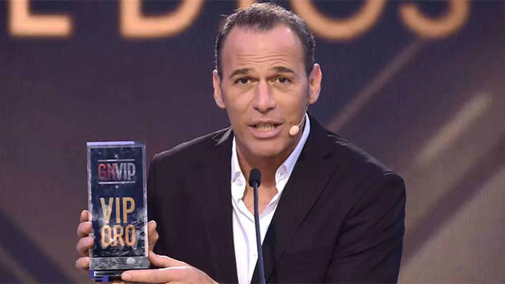 Y el ganador del VIP de oro en la categoría 'la elegida de Dios' es…¡Carlos!