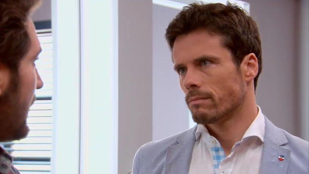 """Carlos, a Feo: """"Lucía sabe muy bien de quién está enamorada y tengo pruebas"""""""