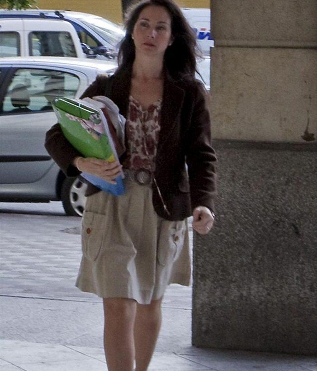 La jueza Mercedes Alaya, que investiga las presuntas irregularidades en los ERE financiados por el Gobierno andaluz, a su llegada a los Juzgados de Sevilla. EFE/Archivo