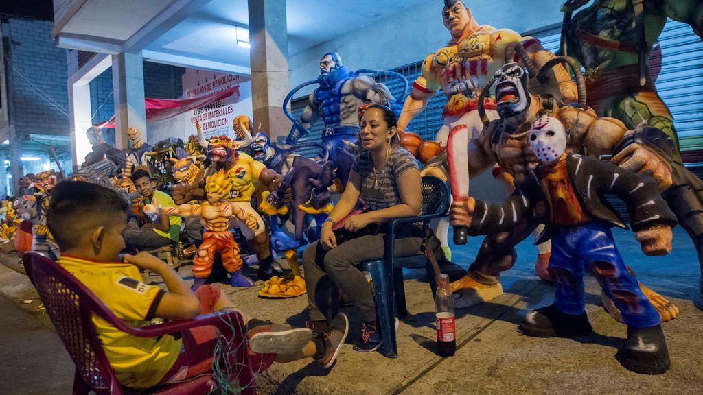 Venta de efigies en Ecuador para su posterior quema