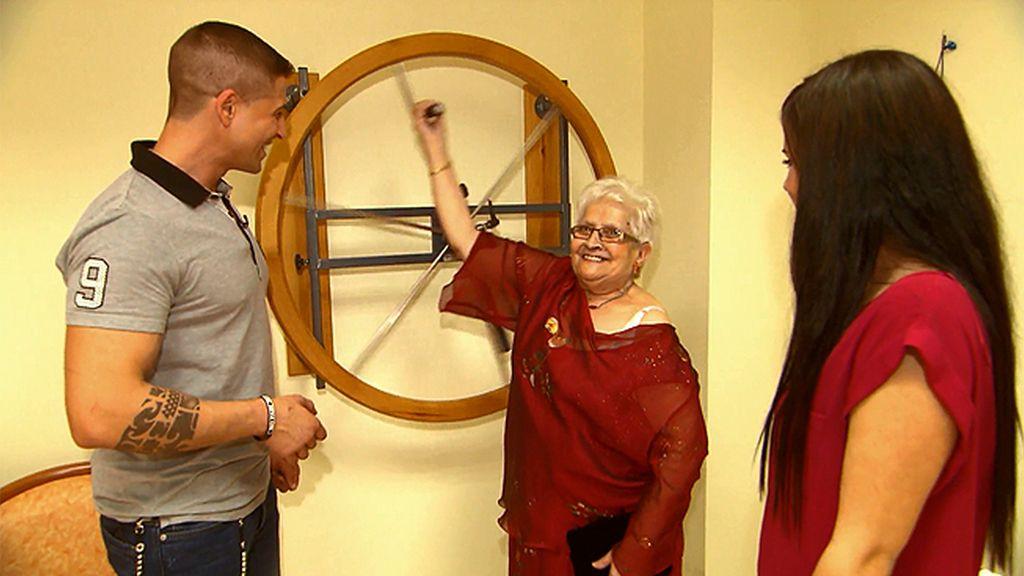"""Abuela: """"Me gustan los músculos"""""""