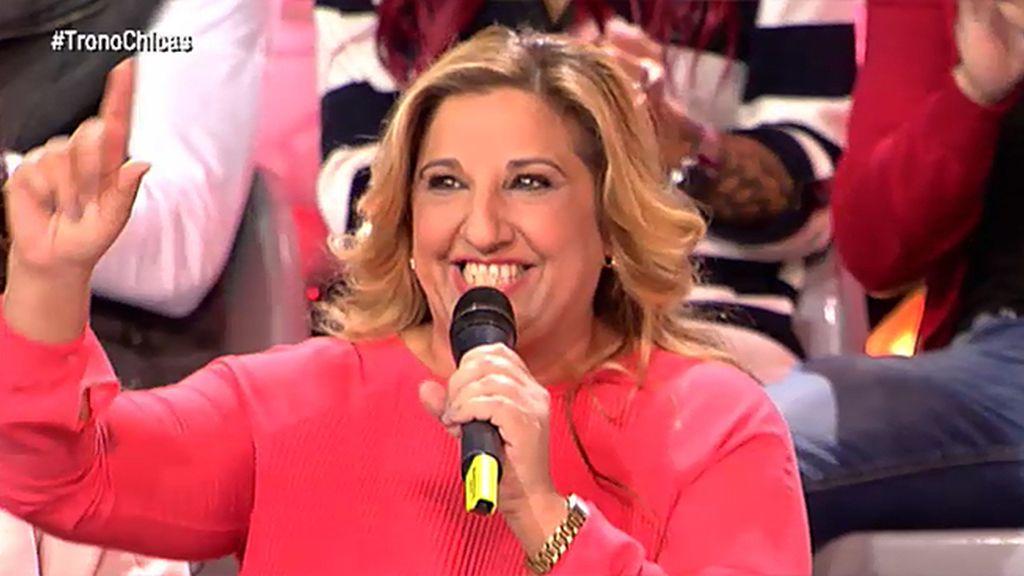 Manuela canta una rumba y demuestra el arte que le corre por las venas