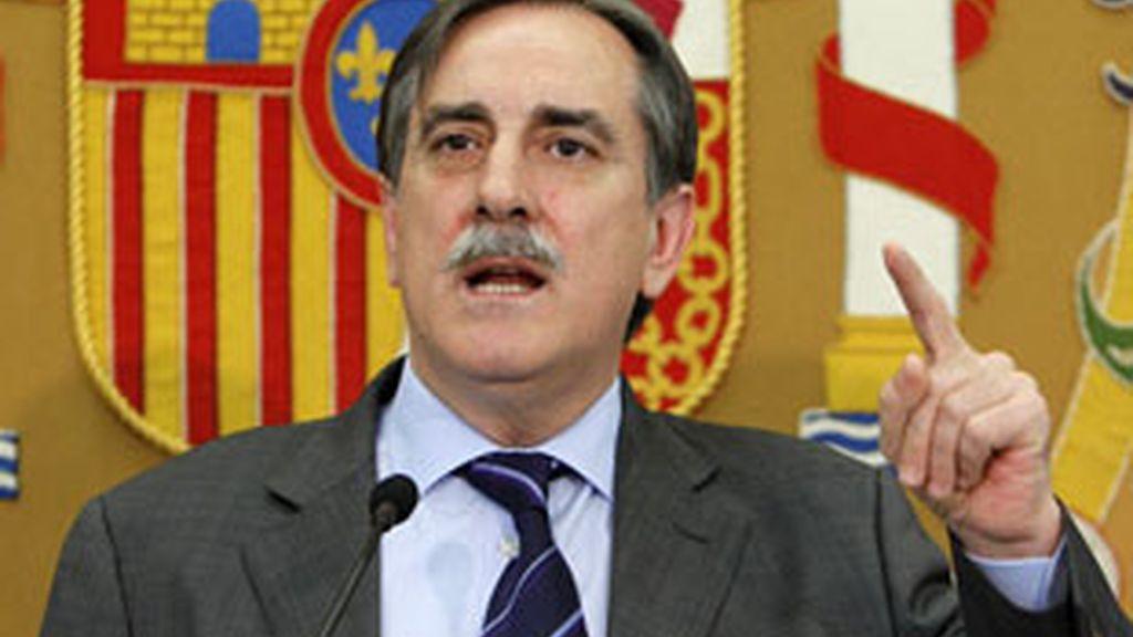 El ministro de Trabajo, Valeriano Gómez. Vídeo: Informativos Telecinco.