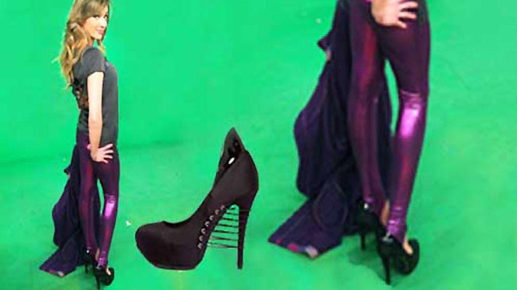Anna Simón, enamorada de los 'zapatos corsé'