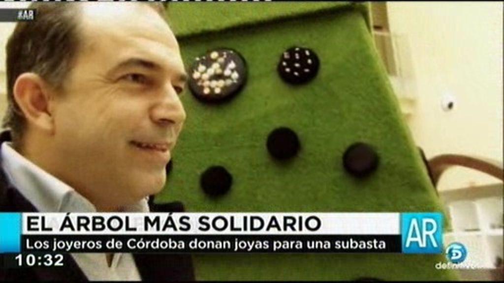 Los joyeros de Córdoba donan joyas para una subasta solidaria