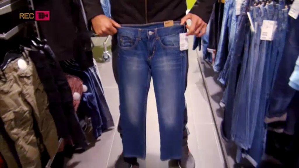 Jose Antonio usaba pantalones de niño de ocho años cuando él superaba los 18