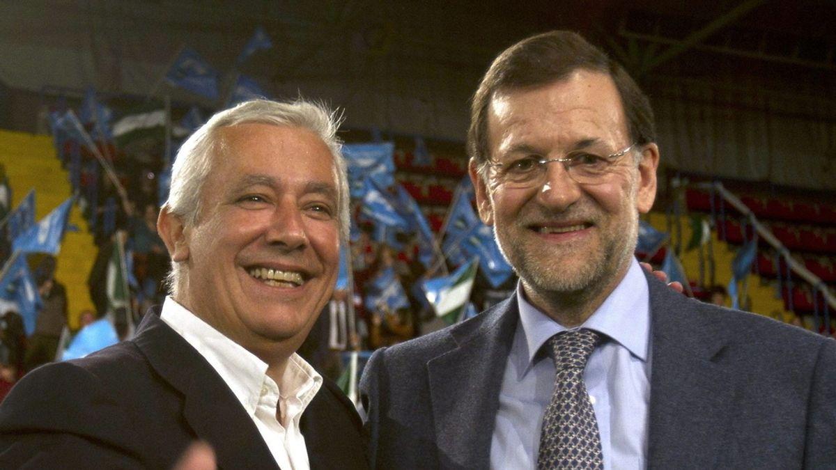 Javier Arenas y Mariano Rajoy en el cierre de campaña