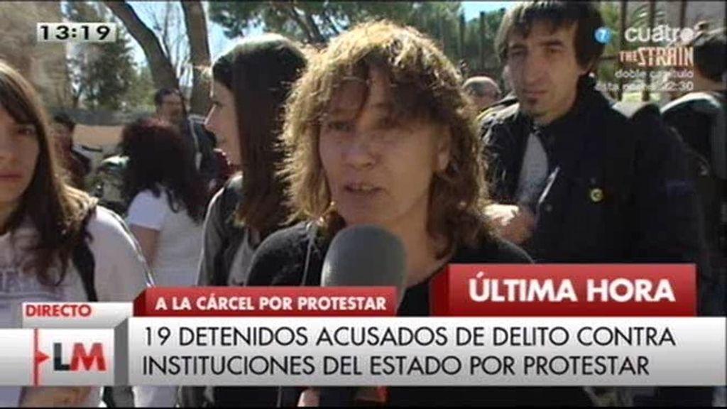 """Testigo de la protesta: """"Cifuentes miente, no hubo irrupción en el pleno ni violencia"""""""