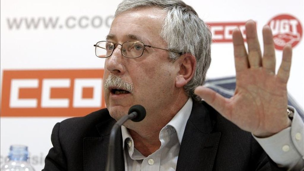 El secretario general de CCOO, Ignacio Fernández Toxo ayer durante una rueda de prensa. EFE
