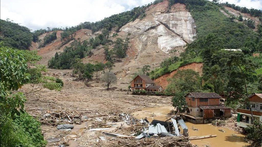 El Ministerio Público de Río de Janeiro, en tanto, estimó hoy en 429 el número de desaparecidos por la tragedia. EFE/Archivo