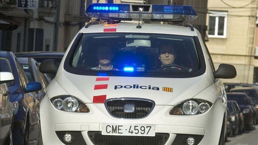 Un vehículo de los Mossos d'Esquadra en un suceso. EFE/Archivo
