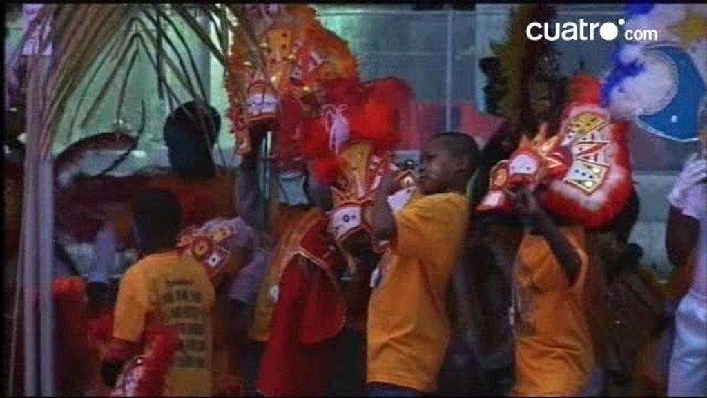 Bahamas: Junkanoo