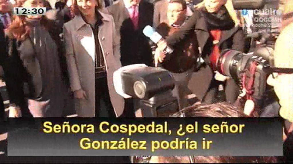 Obstaculizan que un periodista pregunte a Cospedal