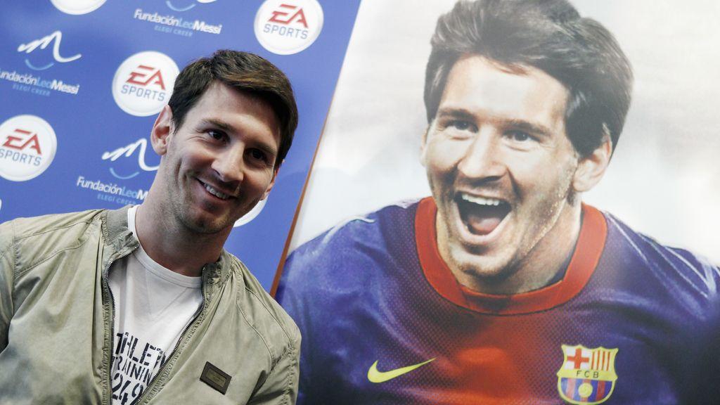 """Leo Messi en la presentación del videojuego """"FIFA 13"""" en el Camp Nou"""