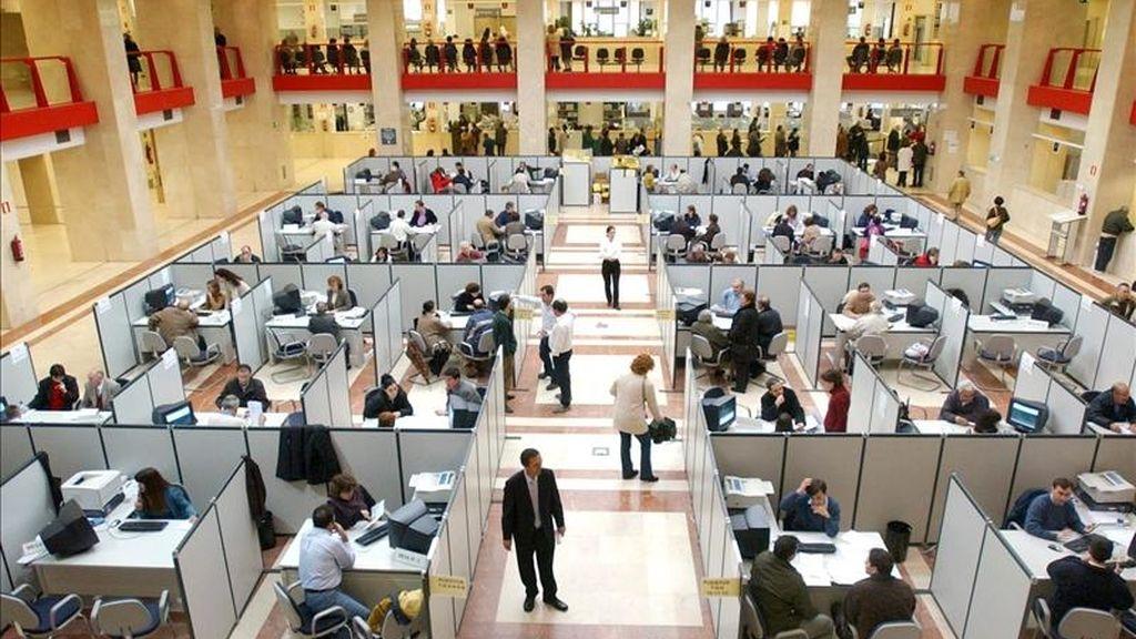Oficina de la Delegación de Hacienda de Guzmán el Bueno, en Madrid. EFE/Archivo