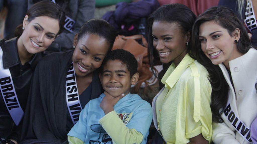 Miss Brasil, Miss Inglaterra, Miss Angola y Miss Bolivia