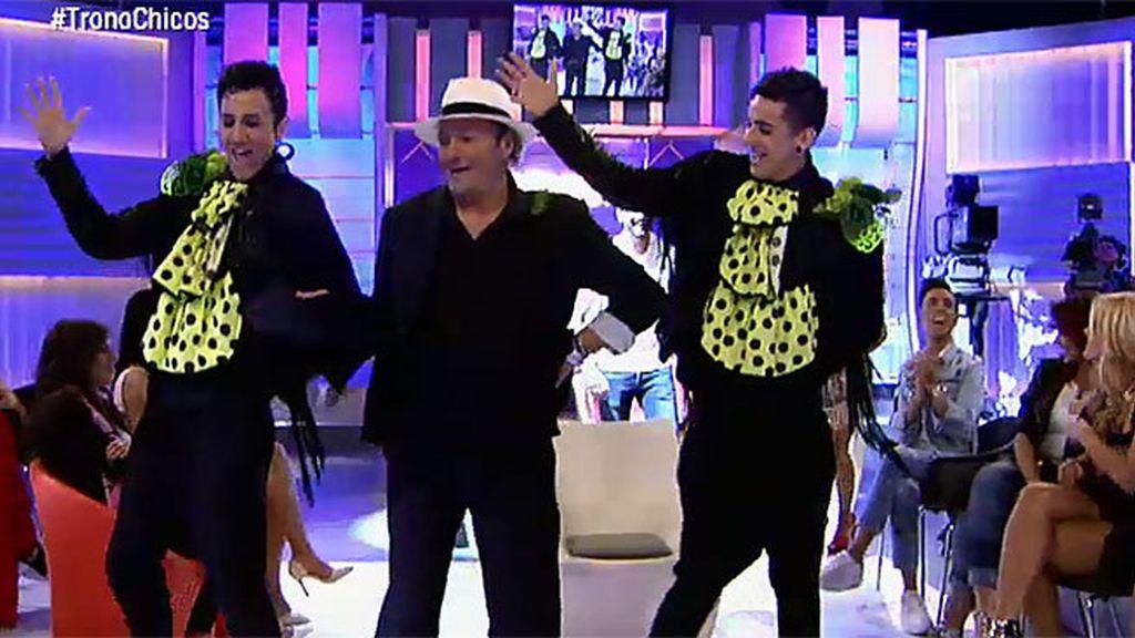 Amador repite su baile con 'Los Jemelos'