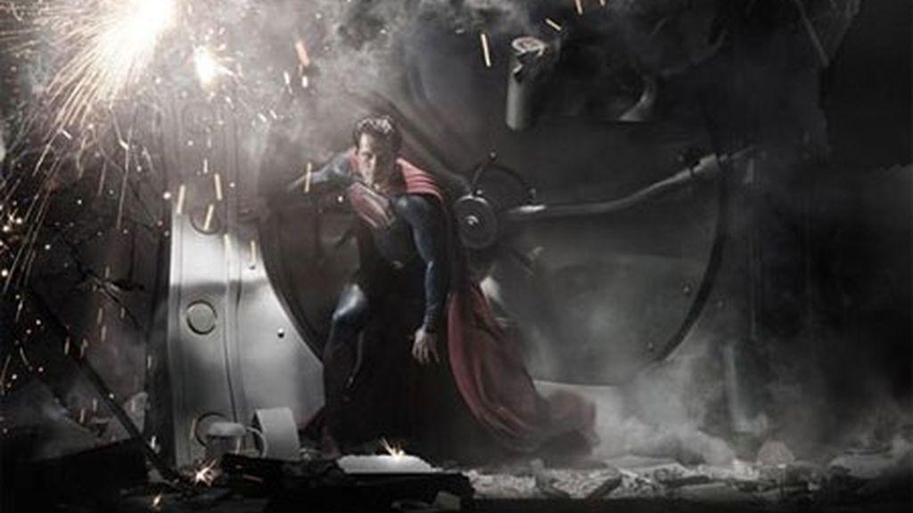 El nuevo Superman no entiende de puertas cerradas. Foto: Warner Bros.