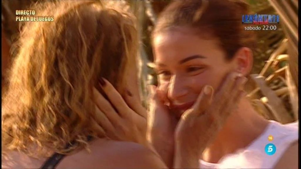 """Mila, al ver a su hija Alba: """"Ha sido un día maravilloso, muchas gracias"""""""