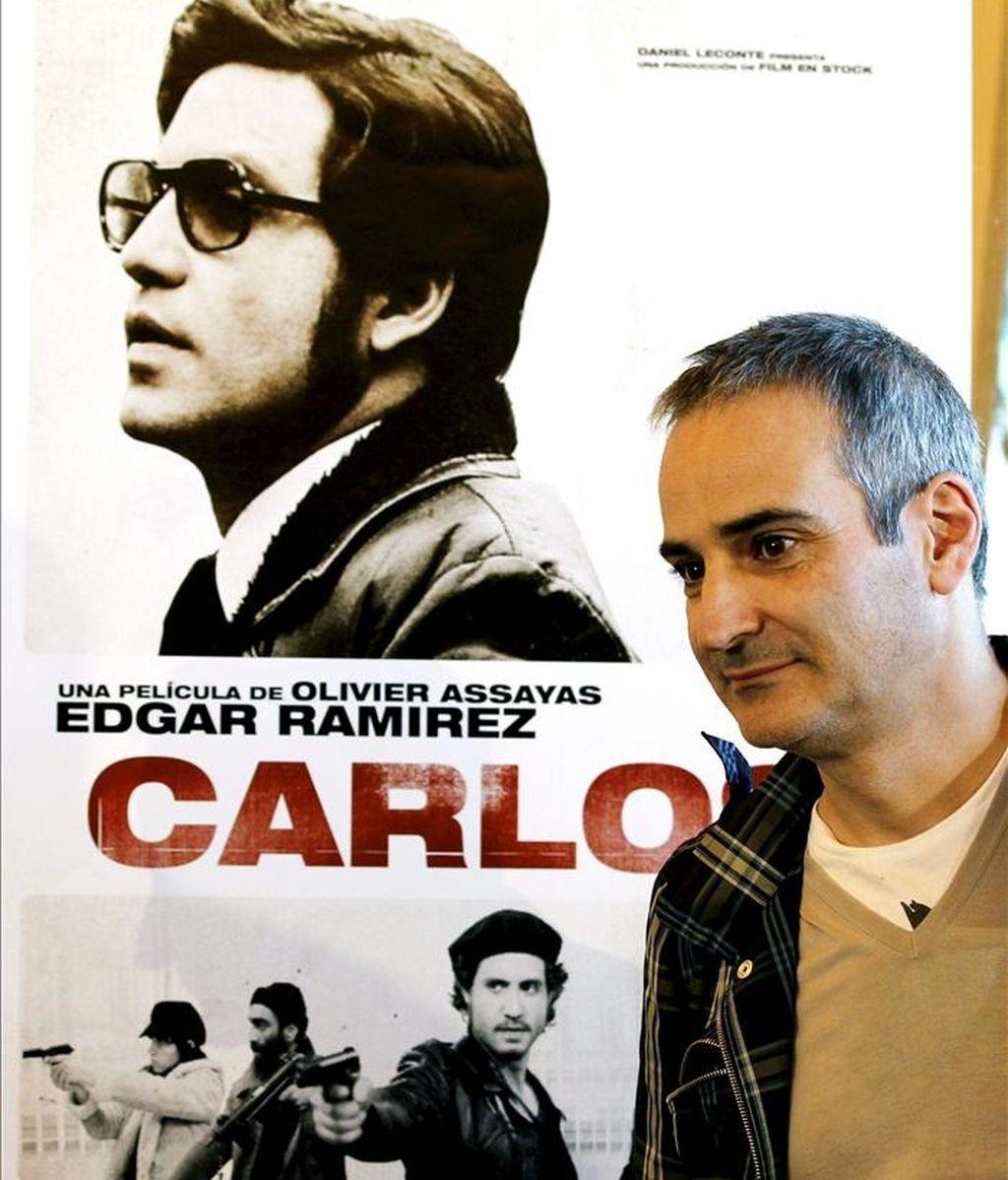"""El director francés de la película """"Carlos"""", Oliver Assayas, momentos antes de iniciarse la rueda de prensa durante la primera jornada de la 32ª edición de La Mostra de cine en Valencia. EFE"""