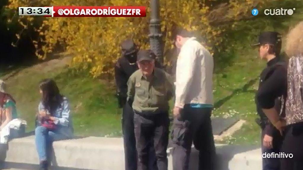 Detenido un hombre de 81 años que estaba protestando