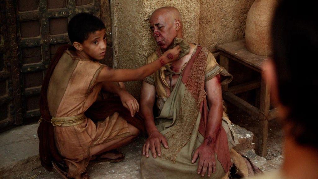 La lepra se esparce rápidamente por Tebas
