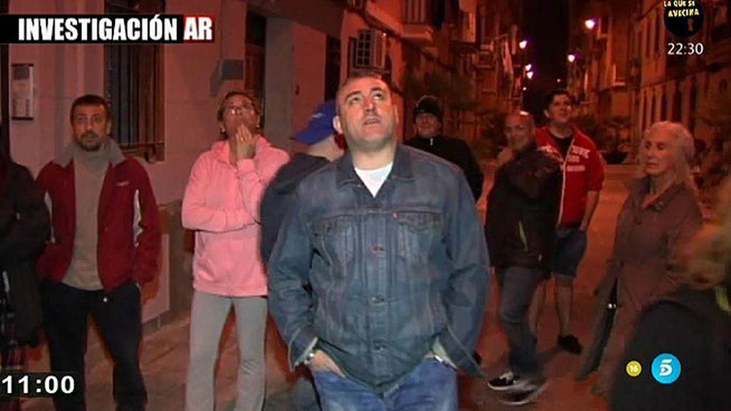 La venta ilegal de alcohol, un grave problema para los vecinos de La Barceloneta