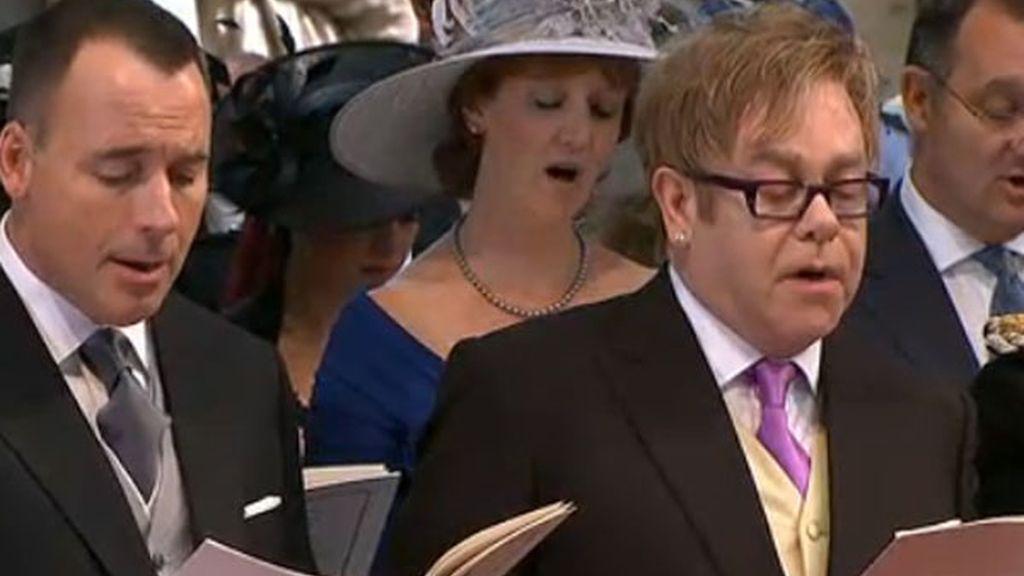 Elton John y su pareja, David, en la ceremonia