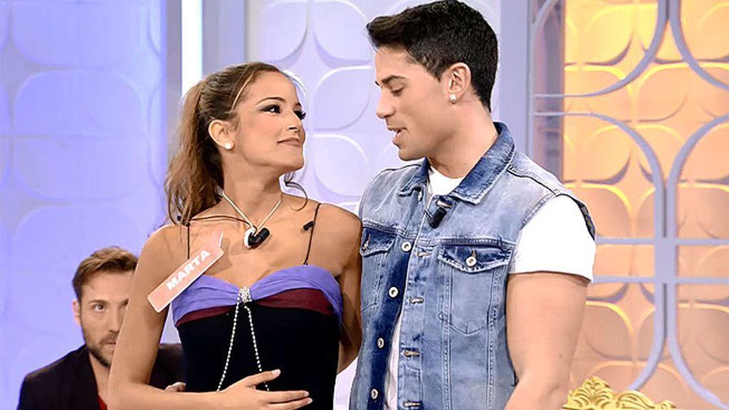 Marta derrocha sensualidad y glamour al ritmo de 'Side to side'