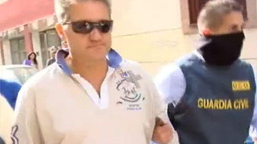 Momentos de la detención de Rodríguez Neri, cabecilla de la trama de desvíos de fondos de la SGAE, el pasado 1 de julio.