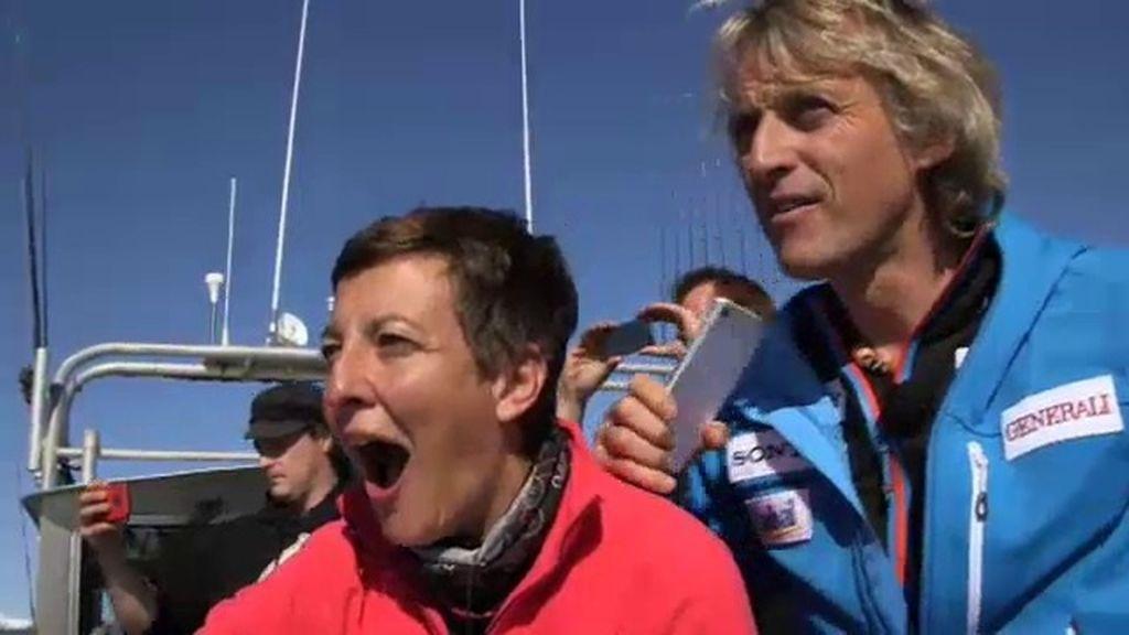 Eva Hache se encuentra con una manada de orcas y marsopas en Alaska