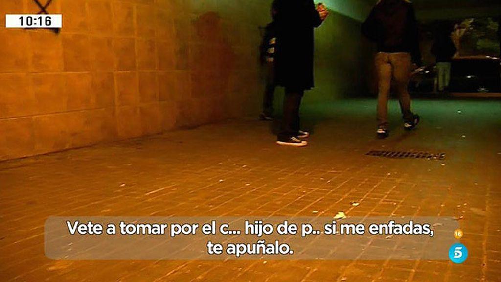 """El equipo de 'AR' amenazado en La Mina: """"Si me enfado te apuñalo"""""""