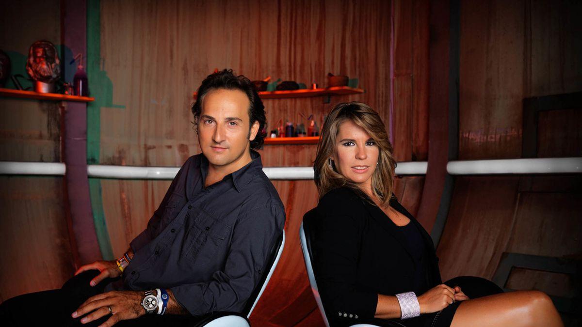 Iker Jiménez y Carmen Porter, presentadores de 'Cuarto Milenio'