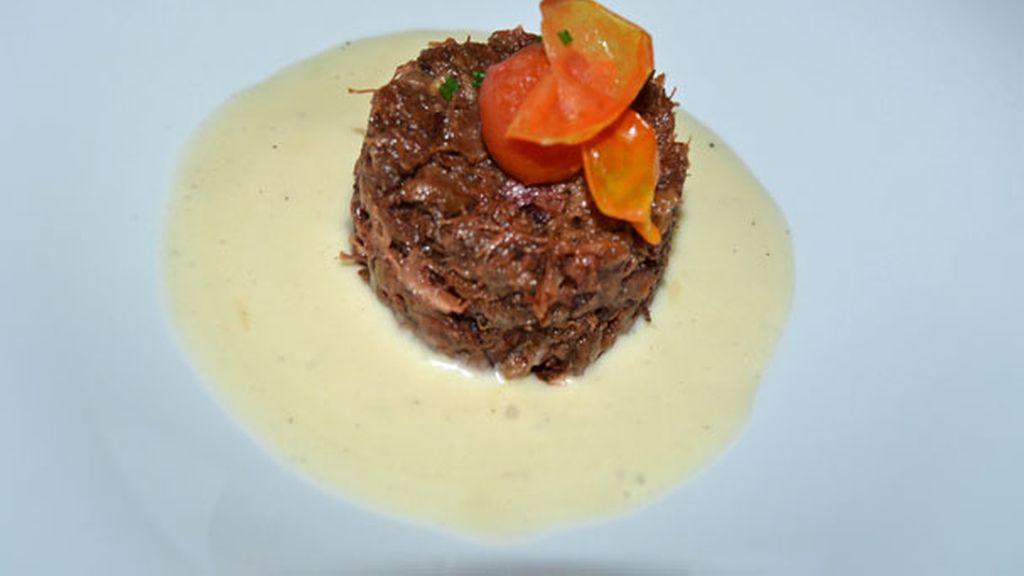 Cilindro de Rabo de Toro con Espuma de Patata