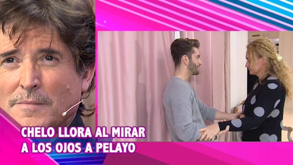 Chelo, una mujer muy espiritual, se emociona al mirar a los ojos a Pelayo