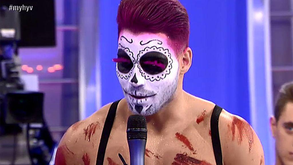El show de Alejandro para el reto de luchadores