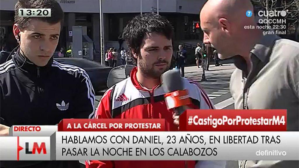 Daniel, uno de los detenidos por protestar contra los desahucios, afirma que le detuvieron 6 policías