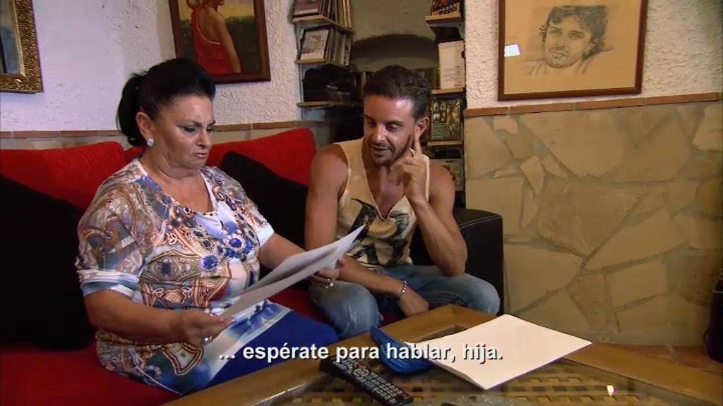 """Salvadora vuelve a la carga: """"Quiero otras fotos ahora mismo"""""""