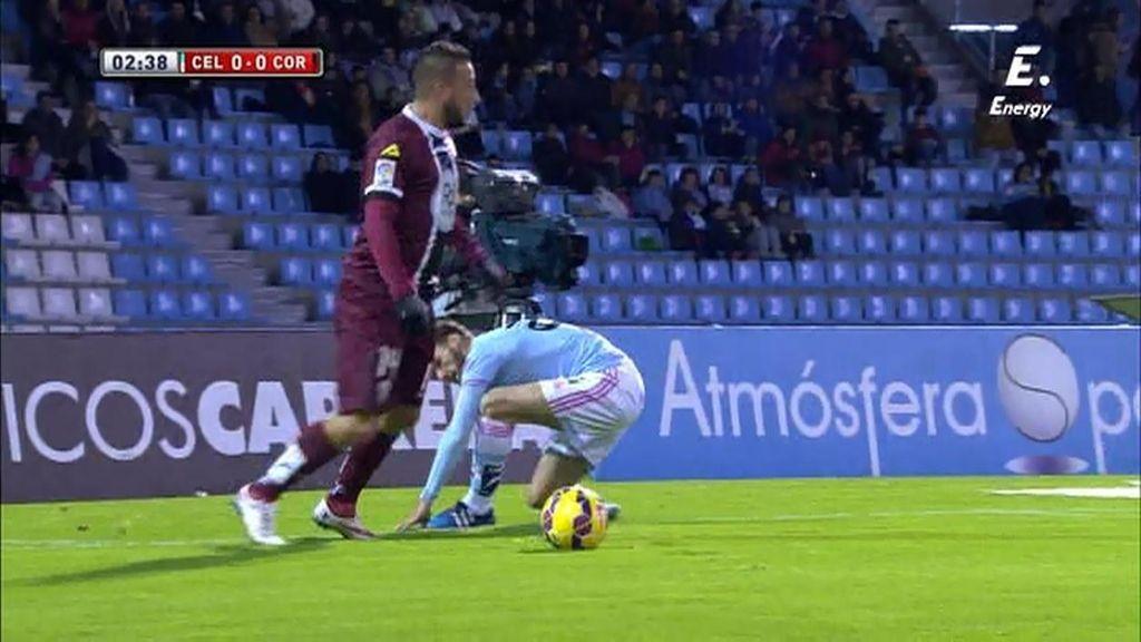 ¡Remate espectacular de Héldon y Sergio impide el gol con una parada de reflejos!