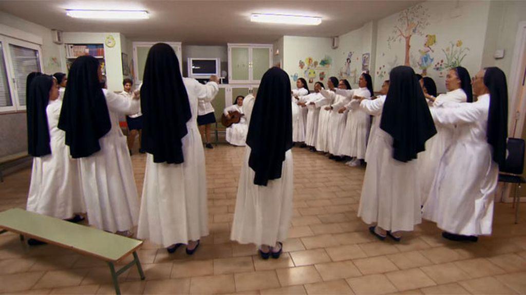 """Janet: """"Estas monjas saben encontrar ese momento para ellas, y ahí reír, bailar…"""""""