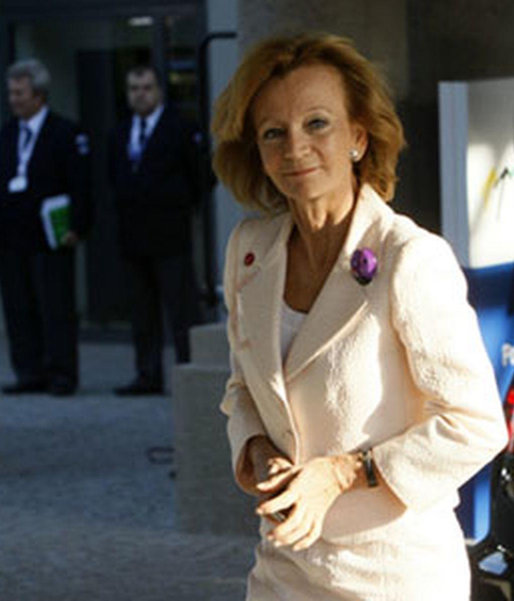 """Salgado reclama a la UE una """"respuesta decidida"""" a la crisis de deuda"""