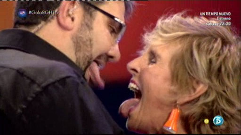 ¡Flo y Mercedes se besan con lengua!