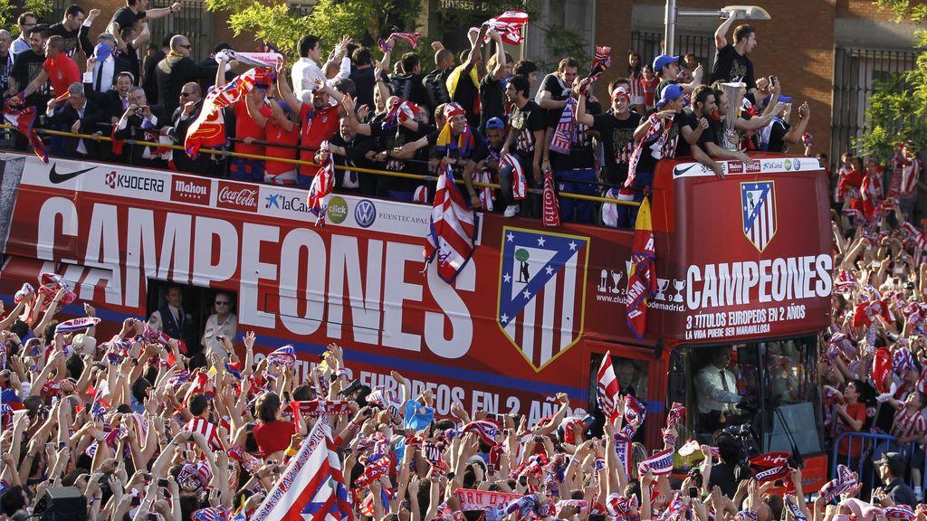 El autobús de los campeones de Europa por las calles de Madrid