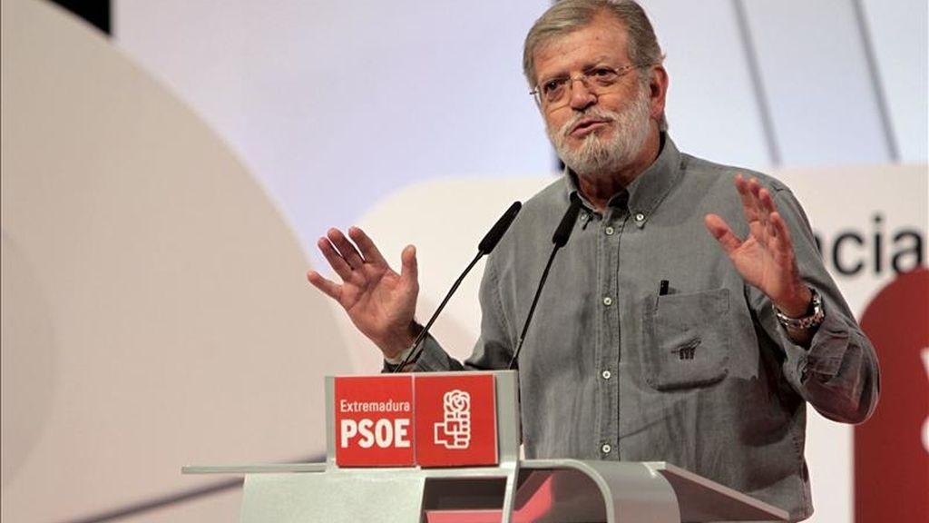 En la imagen, el ex presidente de la Junta de Extremadura, Juan Carlos Rodríguez Ibarra, durante un acto electoral. EFE/Archivo