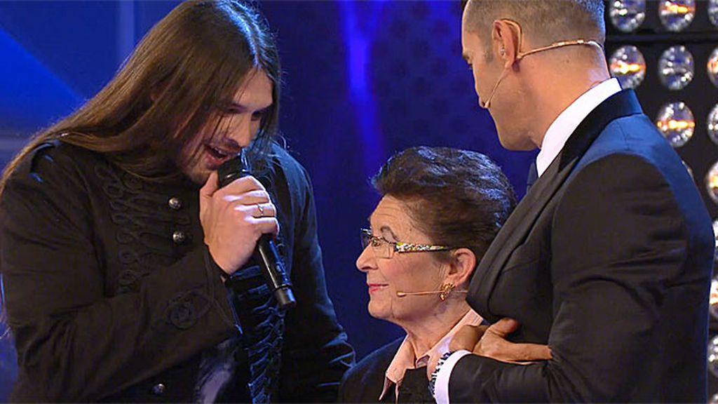 Rafa le canta a su abuela… ¡momentazo!