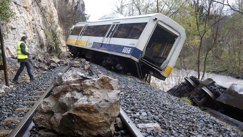 Descarrila un tren en Cantabria