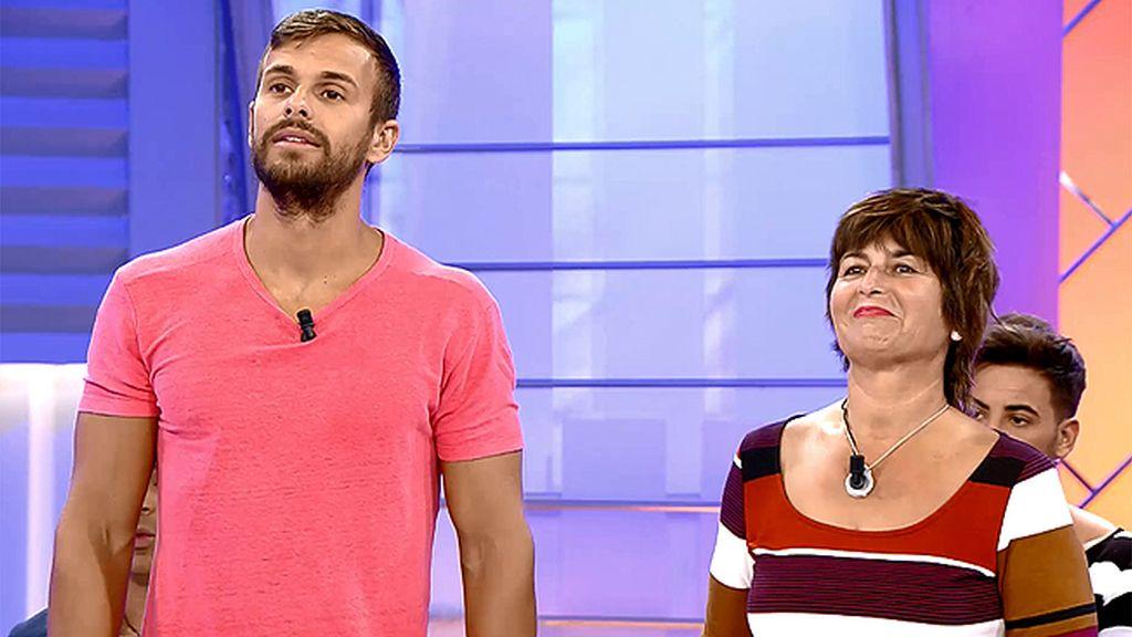 """Cristian: """"Me he hinchado a comer en el hotel y he recuperado diez kilos"""""""