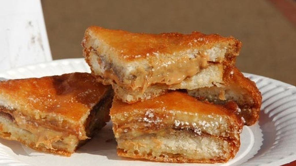 Sandwich frito de mantequilla de cacahuete
