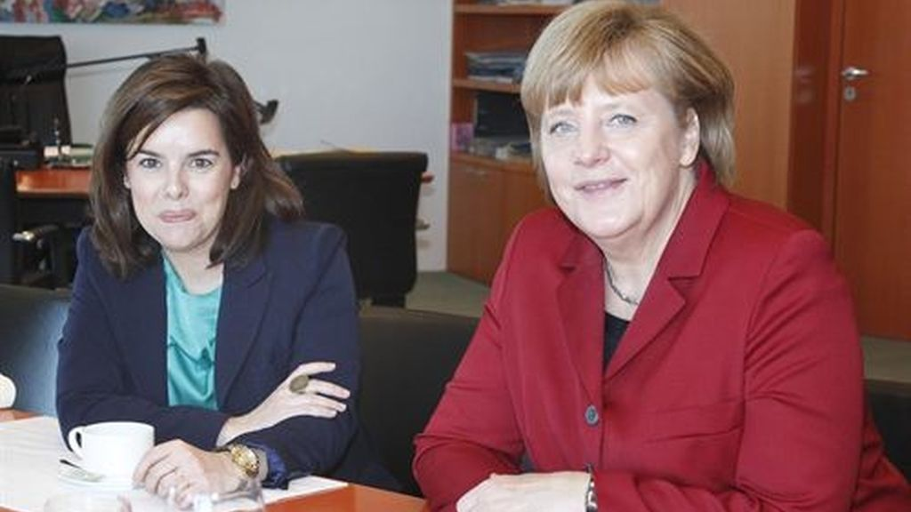 Merkel y Sáenz de Santamaría se reúnen en Berlín
