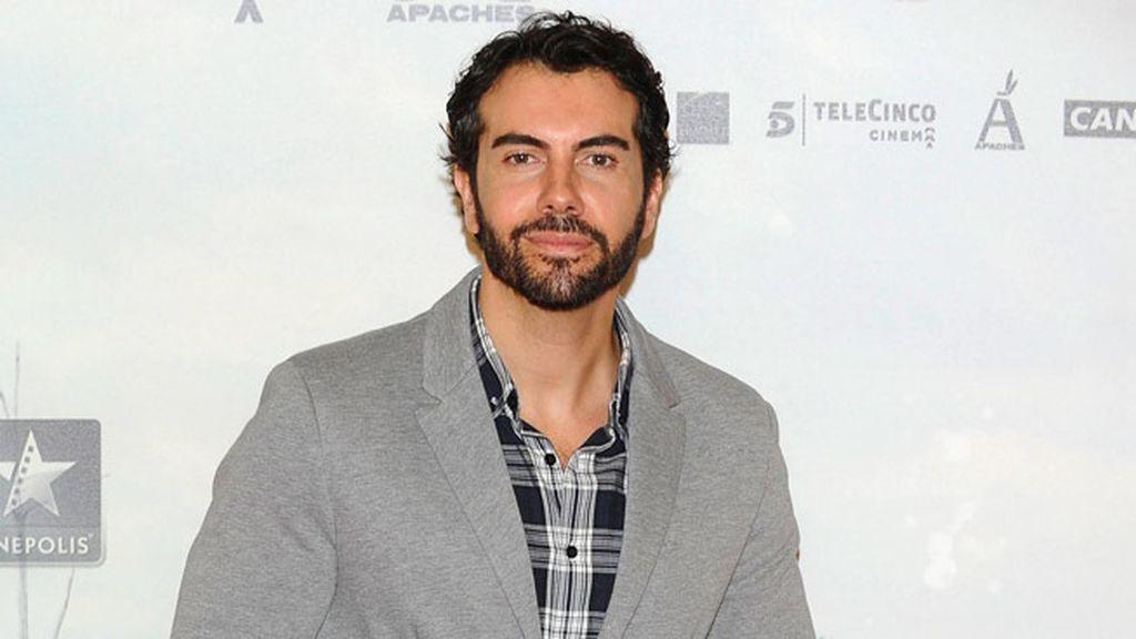 El presentador Alberto Herrera, en el photocall de 'Lo imposible'